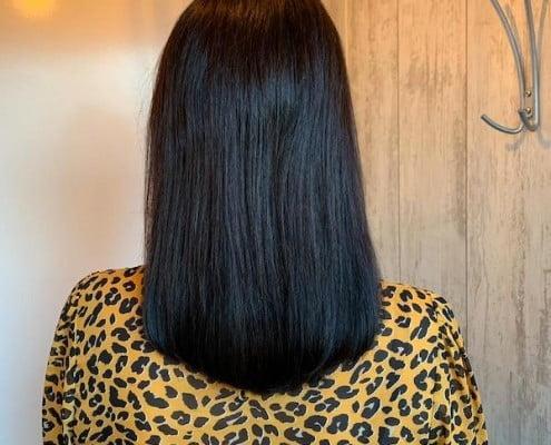 Haarverlening met natuurlijke tinten voor donker haar - Salon D